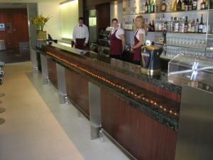 Bancone Bar in Black Beauty