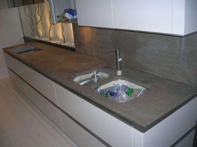 Forum cucina bianca laccata lucida consiglio top - Cucina grigio scuro ...
