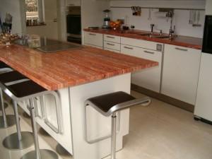 Cucina in Travertino Rosso