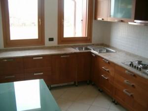 Cucina in granito Shivakashy